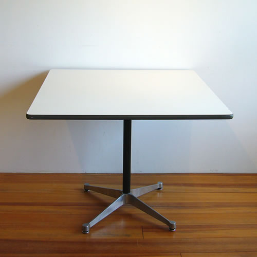 EamesContractBaseSquareTable910mm-1