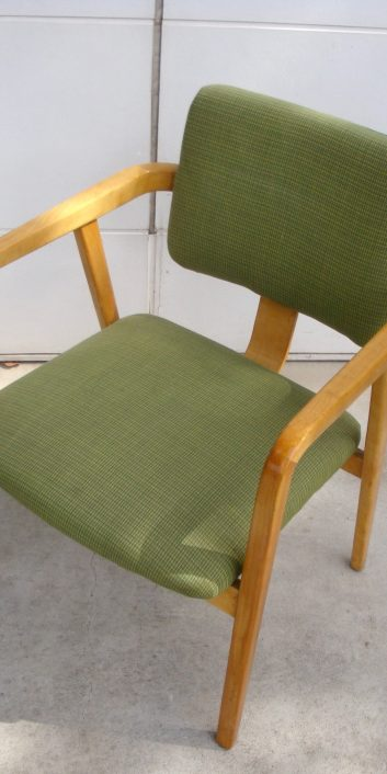 georgenelsonarmchair4663lightgreenalexandergirardhermanmiller1950s-3