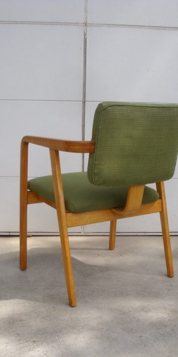 georgenelsonarmchair4663lightgreenalexandergirardhermanmiller1950s-5