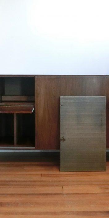 georgenelsonrosewoodcasegroup5518tvrwcredenzathinegecabinethermanmillerusa1950s-4