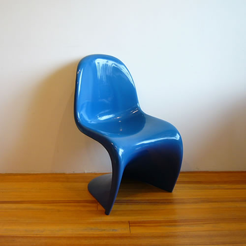 StackingChairBlue1